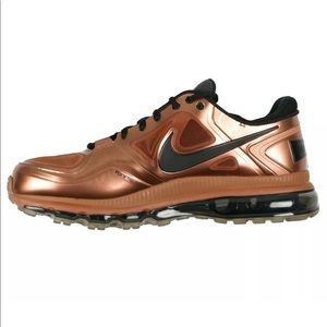 Nike Shoes - Nike x EA Sports Trainer 1.3 Max+ Madden 12 HOH